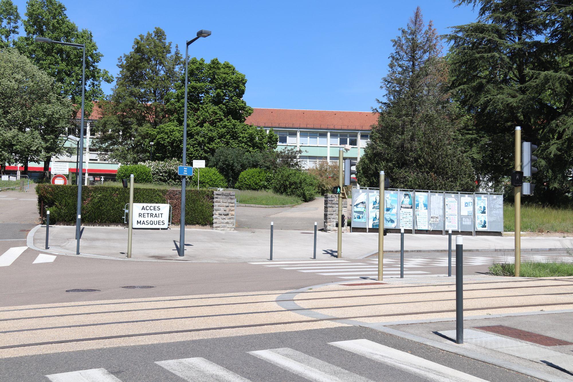 Besançon. 150 000 masques chirurgicaux distribués, en attendant ceux en tissu