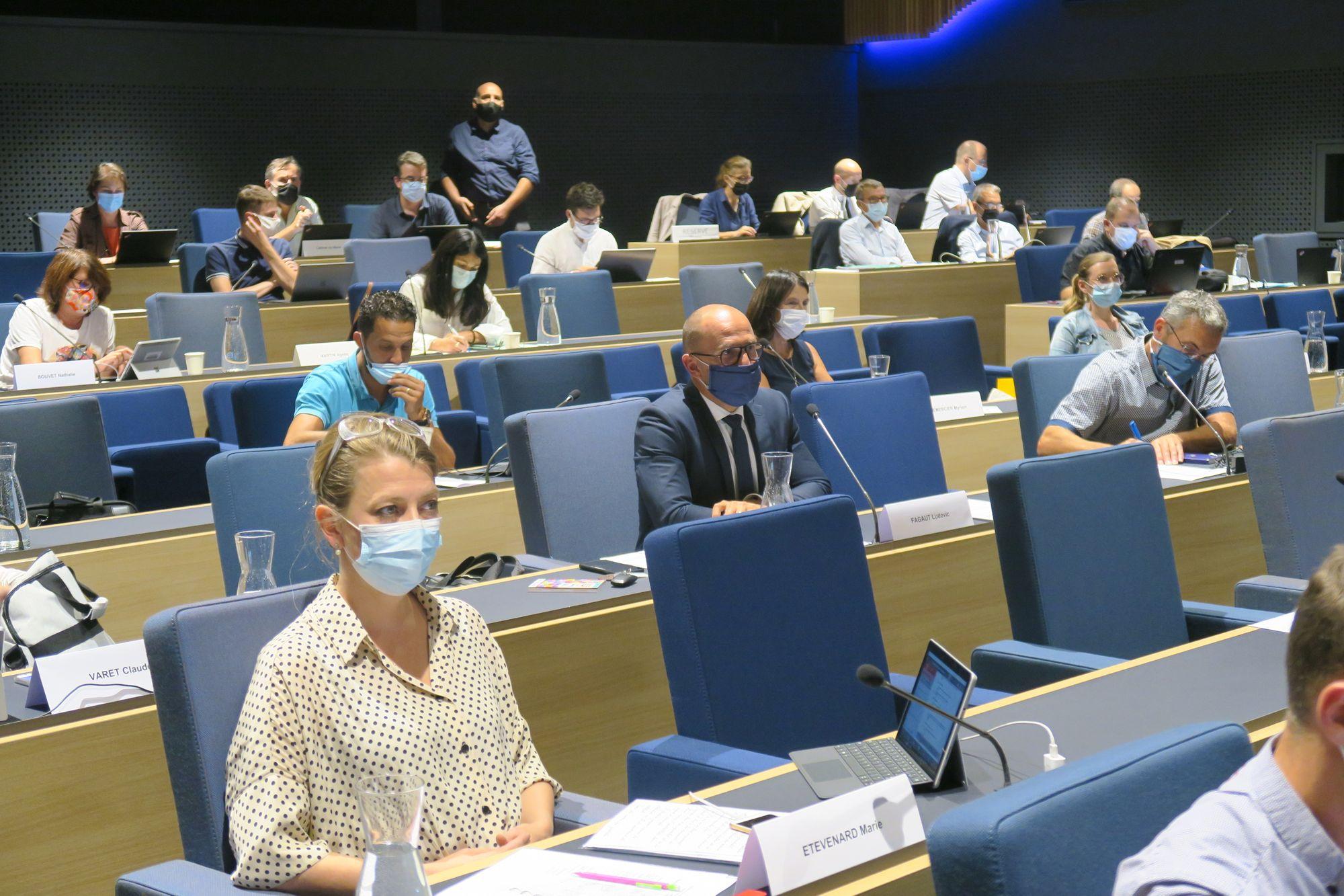 Besançon - Un conseil municipal sous tension